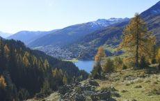Davos-Klosters_-Davosersee_Aussicht