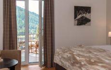 Final-Zimmer-305-Bett-und-Sessel